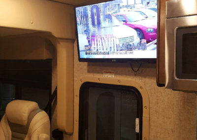 Cozy RV Rentals - 2017 Thor Outlaw 37RB
